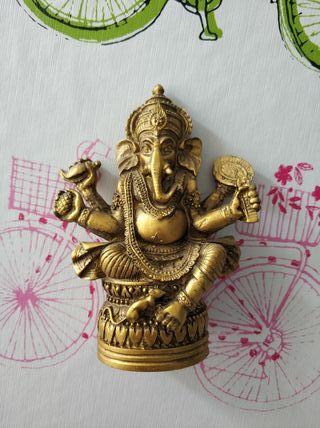 Figura Diosa Ganesha dorada