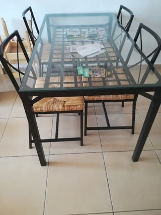 Mesa +4 sillas