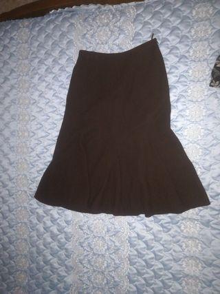 36699a84ce Falda marrón chocolate de segunda mano en WALLAPOP