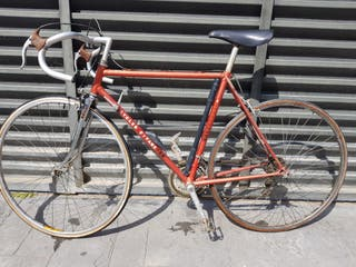 bicicleta antigua de ciclista
