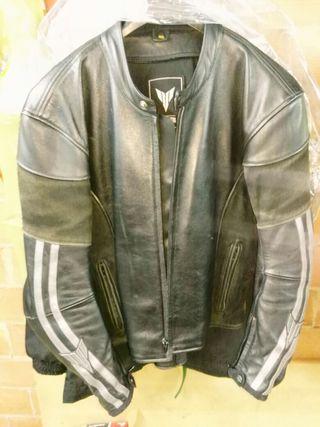 YAMAHA MT 01 chaqueta original.
