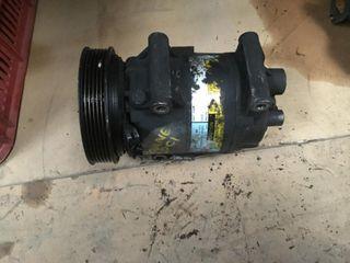 Compresor aire acondicionado Renault Megane II