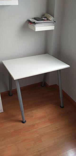 Escritorio IKEA+ silla (pack)