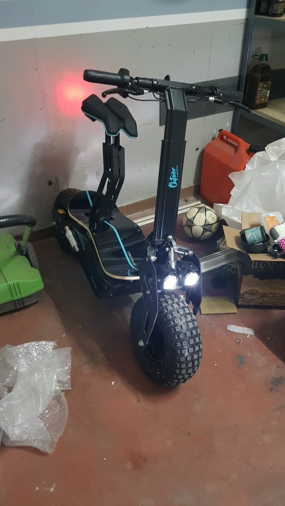 Patinete Scooter Cecotec