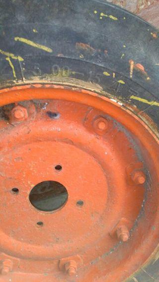 Rueda tractor o mula mecanica