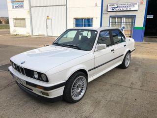 BMW Serie 3 325 ix E30 Nacional