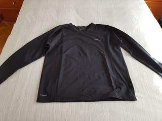61d248881 Camisetas Térmicas de segunda mano en Madrid en WALLAPOP