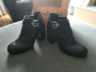 Zapatos Mujer PULL & BEAR Num.37