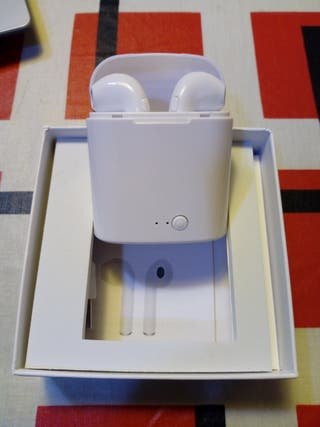 NUEVO - Auriculares tipo Airpods con base de carga