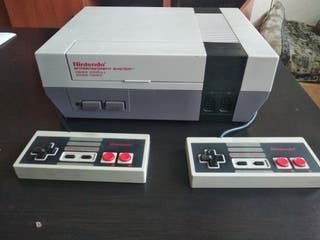 Nintendo NES Original + mandos y cables