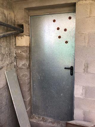 Lote dos puertas chapa galvanizada con cerradura