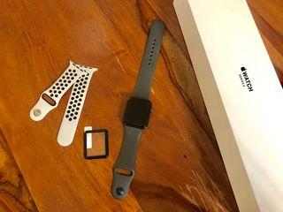 Apple Watch Series 3, 42 mm, Gris espacial