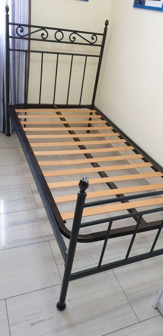 Estructura cama de hierro de 90x190 con somier.