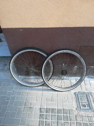 Rueda de bicicleta clasica