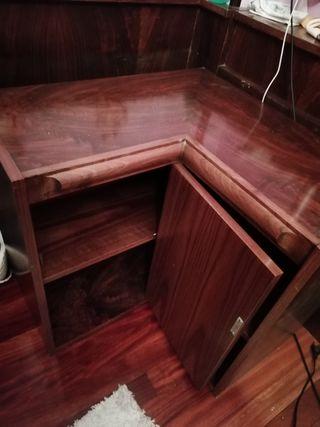 mueble esquinero.