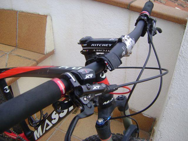 Bicicleta MTB Massi carbono 29' en muy buen estado