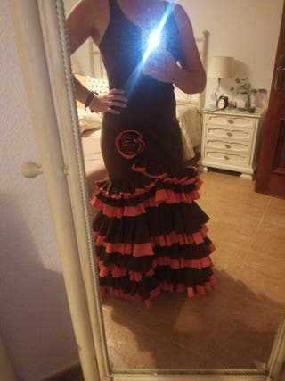 eb246b31d1 Traje flamenca de segunda mano en la provincia de Córdoba en WALLAPOP