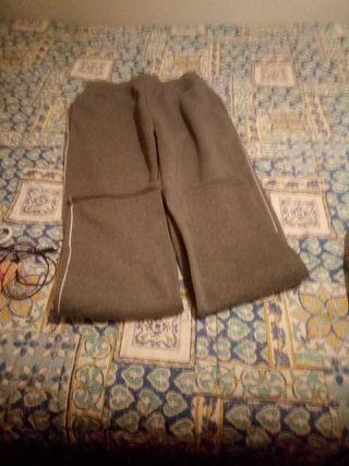 pantalones de chamdal