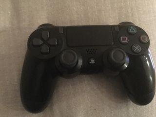 Mando playstation 4 semi nuevo