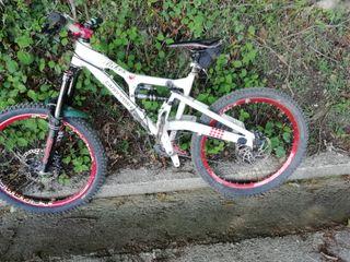 bicicleta cannondale perp