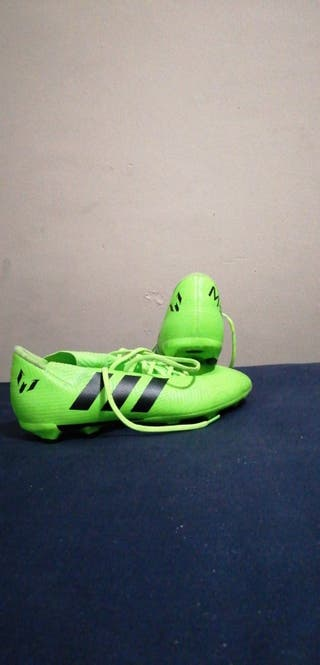 botas de fútbol messi