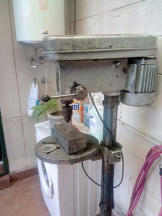 maquina de taladrar