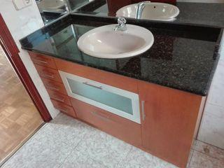 Mueble baño - Encimera granito