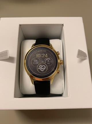 6977c51a4da8 Reloj inteligente Michael Kors de segunda mano en WALLAPOP