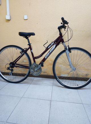 Bicicleta Conor de paseo