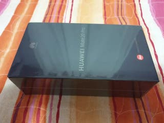 Huawei mate 20 Pro 128Gb precintado libre