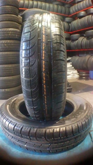 165/70/13 79T Neumáticos Michelin