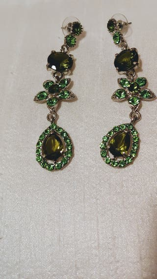10b12eeb05dd Pendientes esmeraldas de segunda mano en Madrid en WALLAPOP