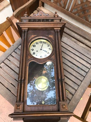 Reloj de pared. Marca Junghans