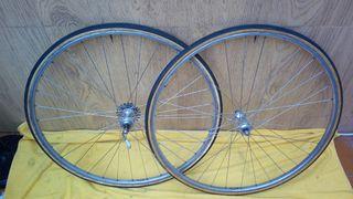 Ruedas bicicleta carretera clasica Campagnolo Nisi