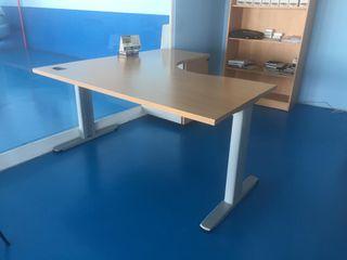 Mesa para oficina de segunda mano en Humanes de Madrid en WALLAPOP