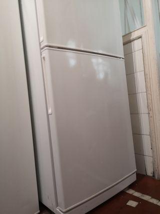 Nevera+frigorífico. LG.