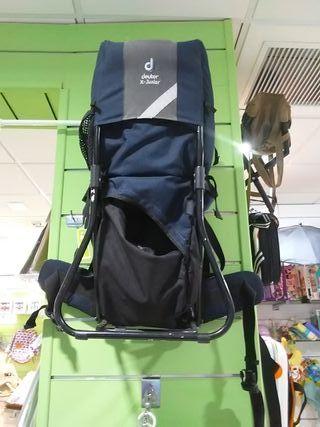 mochila de montaña porteo bebé y niño