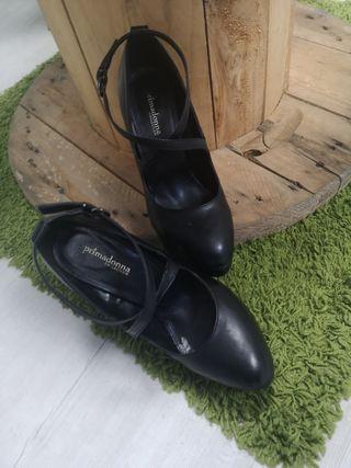 zapatos tacones, cómodos. negro talla 40