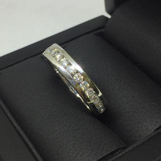 f5a4473ab3d4 Anillo de brillantes diamantes de segunda mano en Barcelona en WALLAPOP