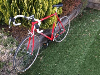 Bicicleta carretera Peugeot sin uso