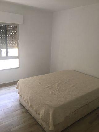 Canapé con colchón 1,35