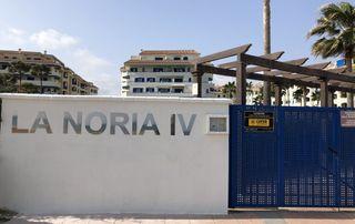 Apartamento amueblado en 1 línea de playa.