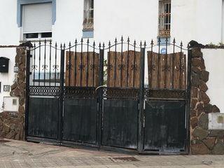 Puertas de forja de segunda mano en wallapop for Puerta hierro segunda mano