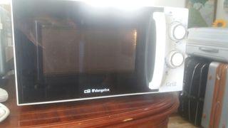 microondas cón grill ORBEGOZO