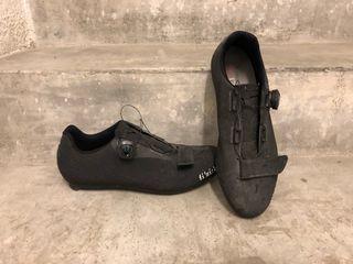 Zapatos fizik carretera