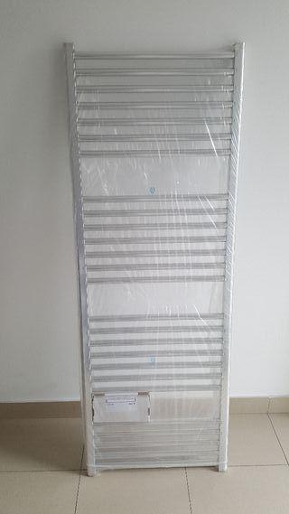 Toallero radiador de agua NUEVO aluminio.