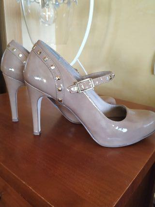 Zapatos color nude número 40