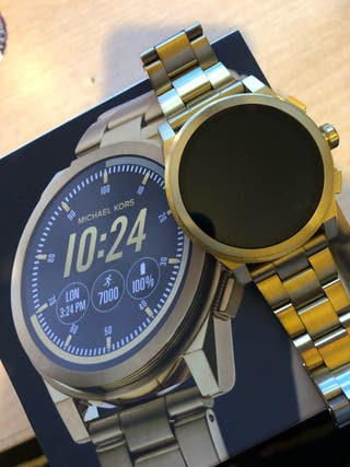 2f145c68c15f Reloj digital iPhone de segunda mano en WALLAPOP