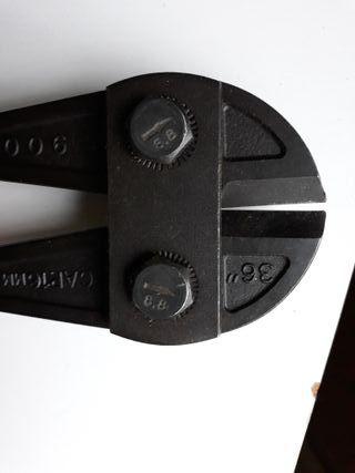 Cizalla, CORTAR REMACHES, corta hierro nueva