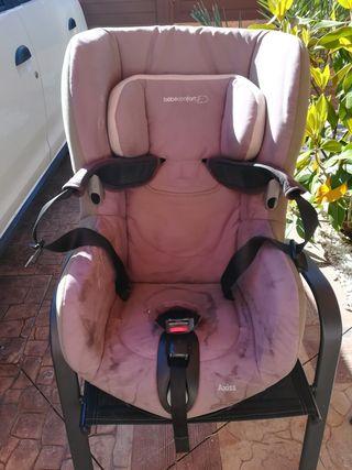 Silla coche bebé confort.